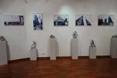 Installazione sculture e quadri